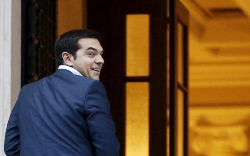 Yunanıstanda xarici borclara dair referendum keçiriləcək