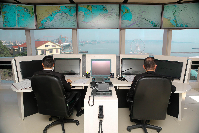 В Каспийском море успешно завершилась операция по спасению двух рыбаков - ОБНОВЛЕНО