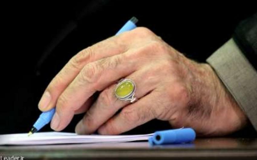 İranın ali lideri əfv fərmanı imzalayıb