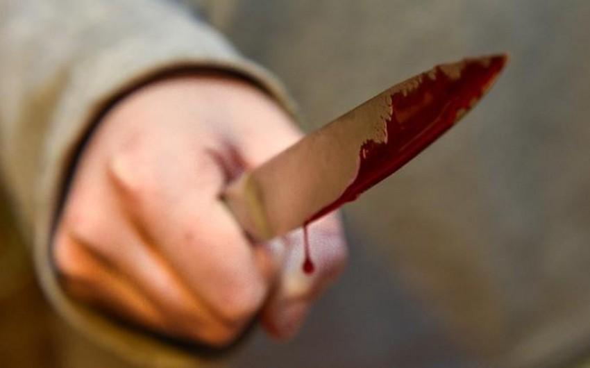 Bakıda gənc oğlana 3 bıçaq zərbəsi vurulub