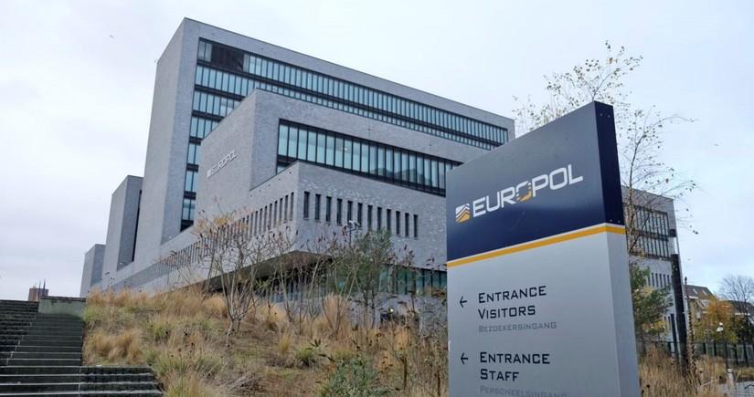 Европол: Более 20 человек погибли в результате терактов в ЕС в 2020 году