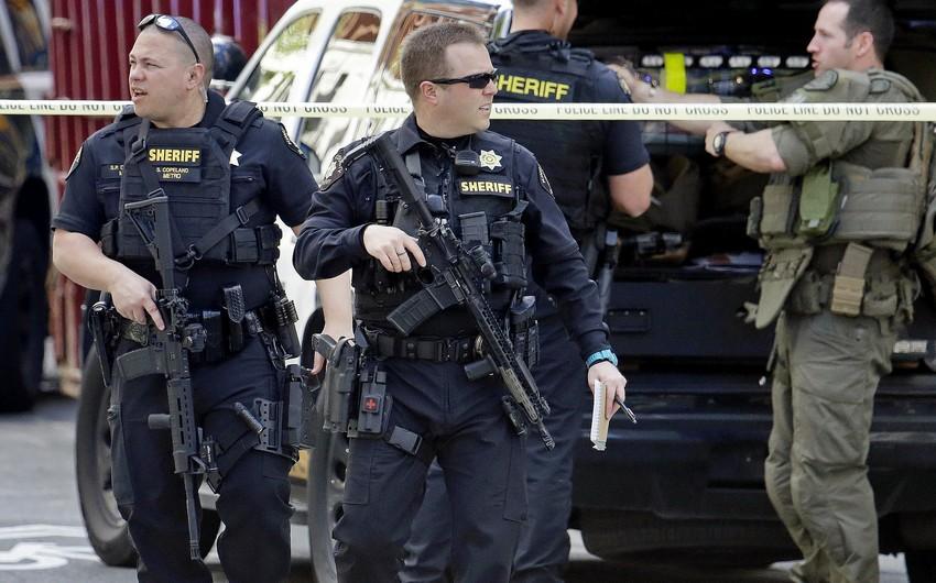 Texasda baş verən atışmada üç polis əməkdaşı yaralandı