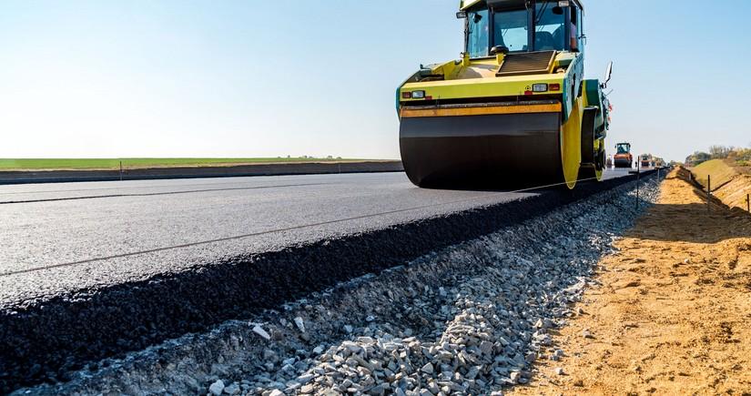 В транзитном коридоре Грузия-Азербайджан строят новую дорогу