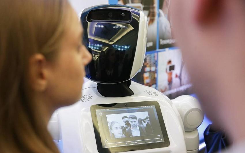 Rusiyanın Daxili İşlər Nazirliyində robot polislər xidmətə başlaya bilər - FOTO