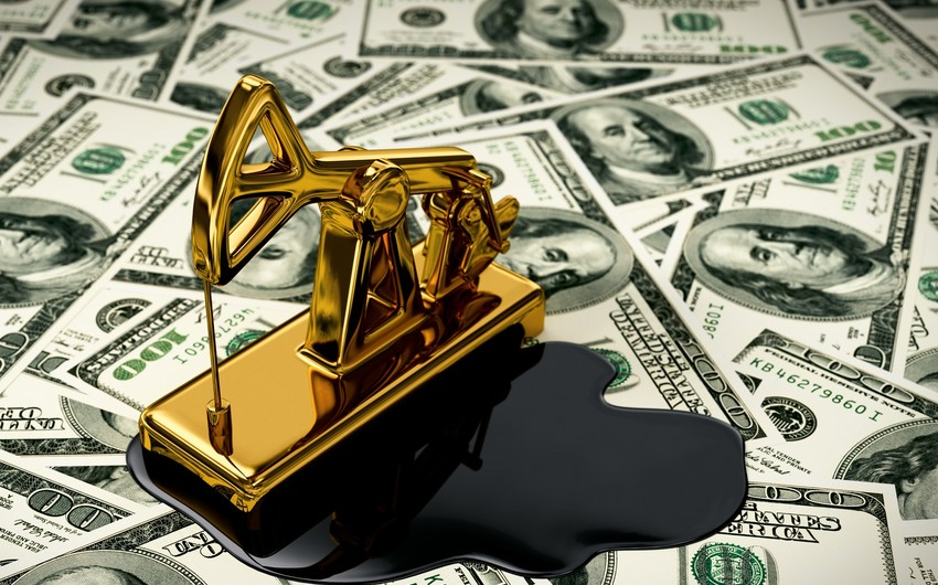 Нефть дешевеет, завершая ростом февраль