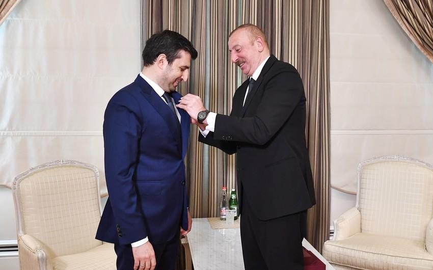 President Ilham Aliyev receives Selcuk Bayraktar