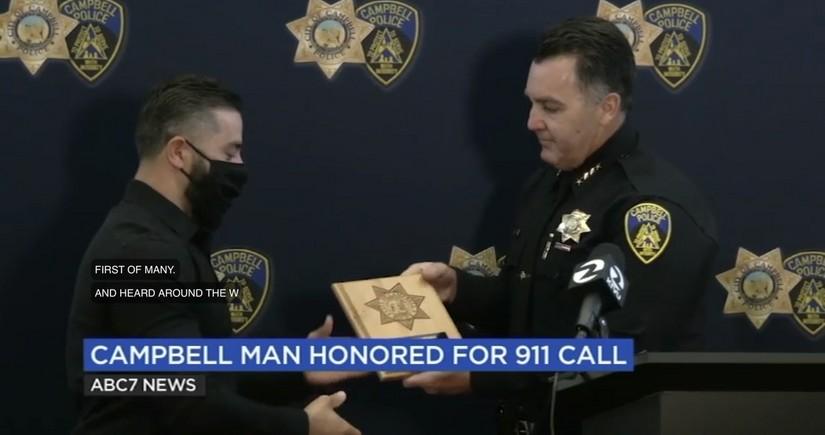 Полиция США наградила азербайджанца, спасшего сотни жизней
