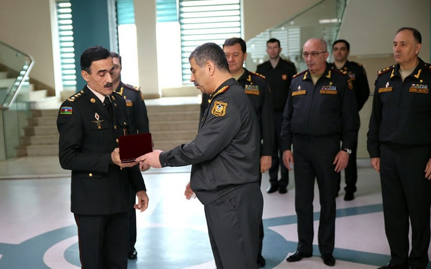 Müdafiə Nazirliyinin rəhbərliyi Novruz bayramı münasibətilə hərbi hospitalda olub