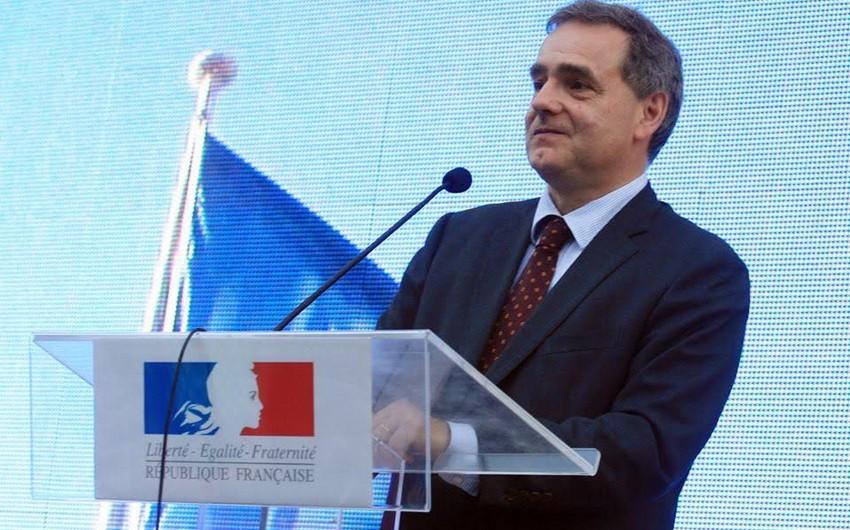 Fransa prezidenti sentyabrda Rumıniyaya səfər edəcək - FOTO
