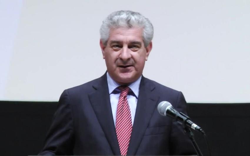 Əli Əhmədov: Prezident  İlham Əliyev tərəfindən həyata keçirilən siyasət ölkəni inkişafa aparır