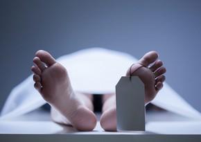 В Баку покончил с собой 76-летний мужчина