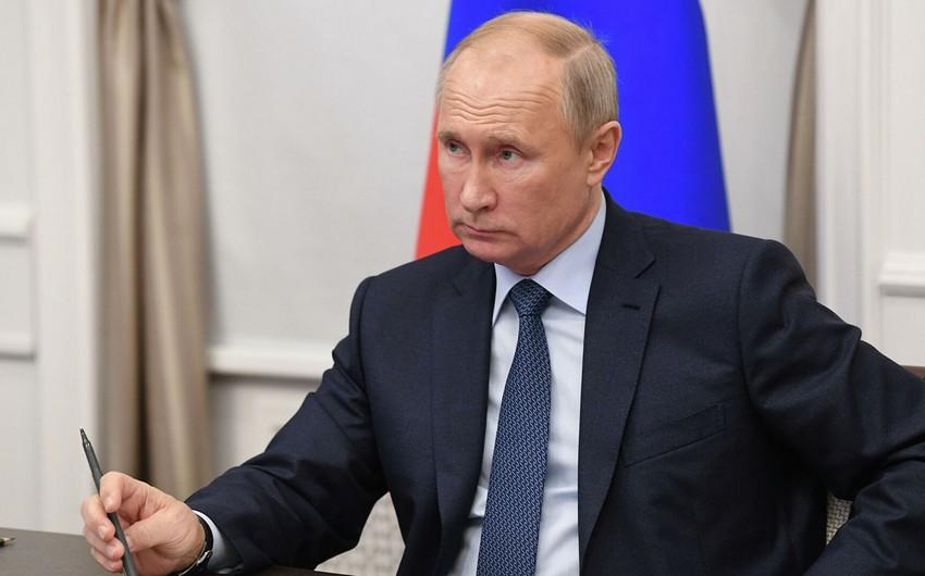Vladimir Putin: Rusiya Qarabağdakı humanitar fəaliyyətə MDB ölkələrinin qoşulmasında maraqlıdır