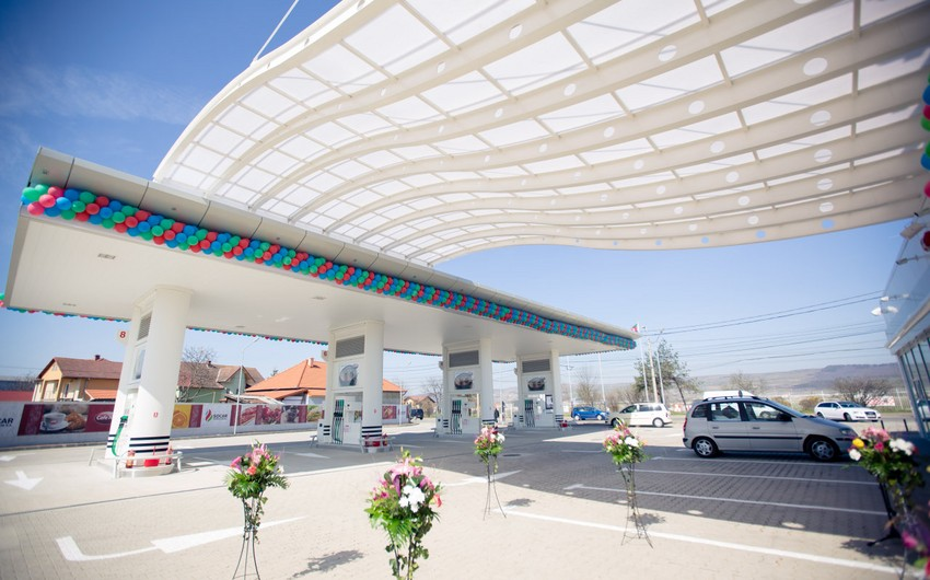 В Азербайджане снизились цены на бензин