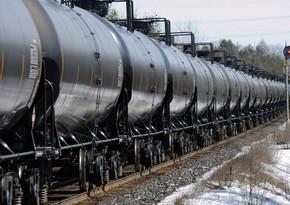 Азербайджан сократил экспорт нефти более чем на 9%