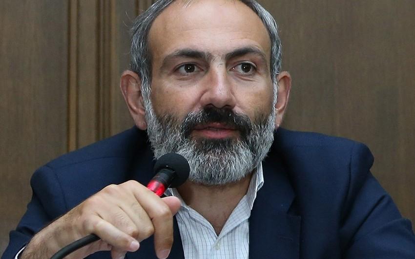 Nikol Paşinyan 6 qubernatoru işdən çıxarıb