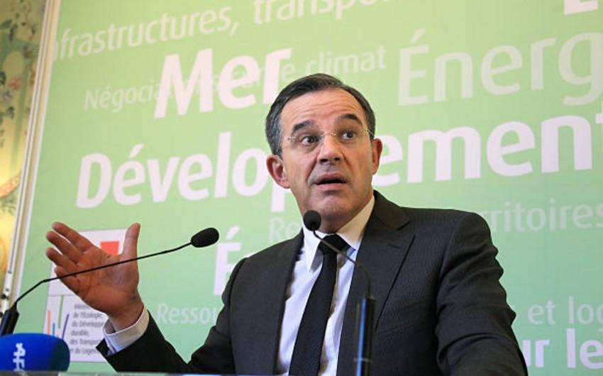 Французский политик: США не считаются с мнением ЕС в ряде международных вопросов
