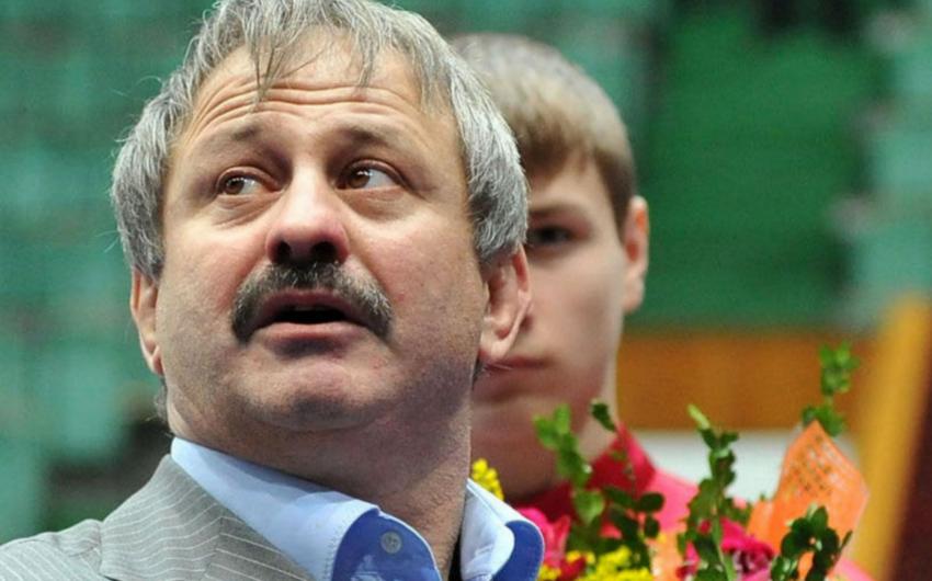 Çeçenistanda olimpiya mükafatçısının meyiti ay yarım sonra tapılıb