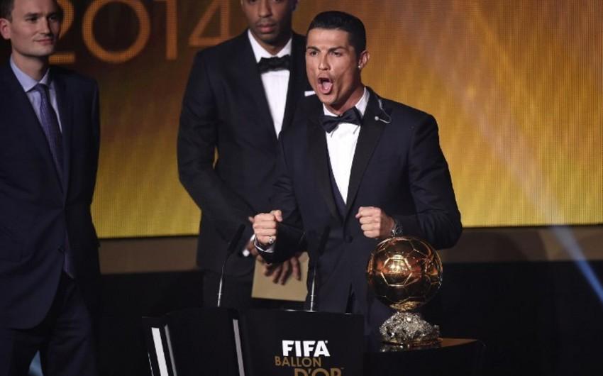 Роналду в четвертый раз получил Золотой мяч