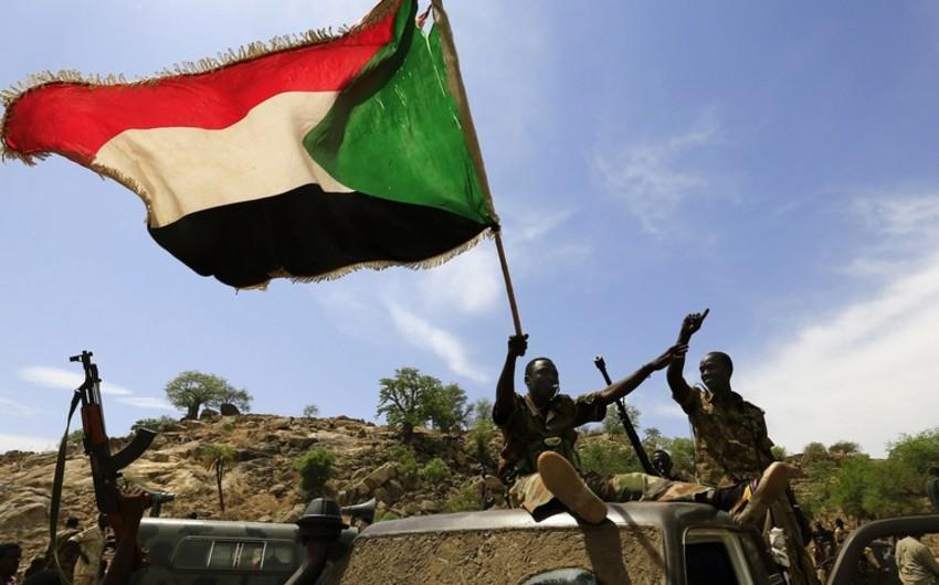 Sudanda etirazlar zamanı polis aksiyaçılara atəş açıb