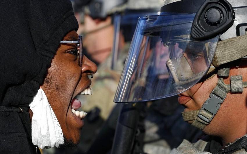 ABŞ-da etirazlar zamanı 20-dən çox polis yaralanıb