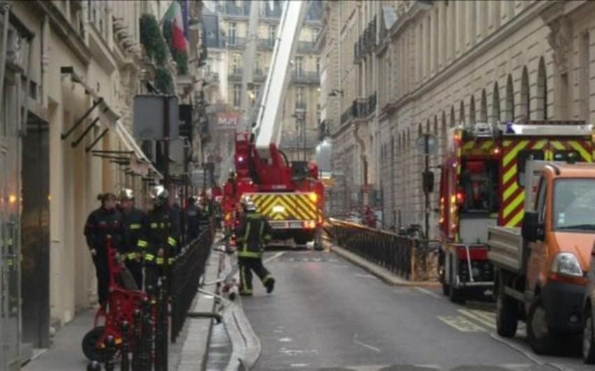 Parisdə yaşayış binası yanıb, bir nəfər ölüb, 8 nəfər yaralanıb