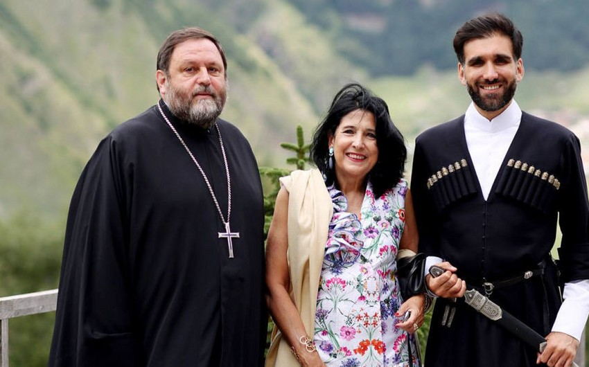 Gürcüstan prezidentinin oğlu Yelisey sarayında işlə təmin olunub