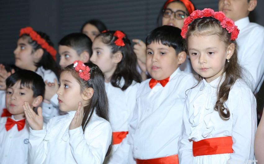 Sağlamlıq imkanları məhdud uşaq və gənclərin əl işlərindən ibarət sərgi və konsert proqramı təşkil olunub