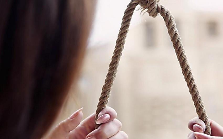 Tovuzda 17 yaşlı qız intihar edib