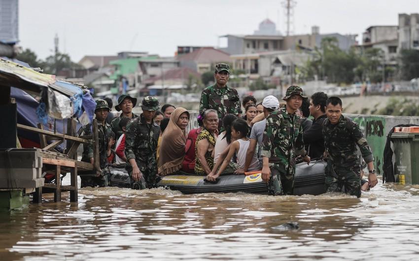 Наводнение в Индонезии: погибли 55 человек