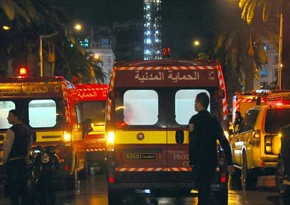 В результате массовых столкновений в Тунисе ранены более 30 человек