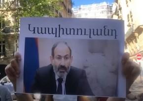 Nikol Paşinyan Parisdə təhqir edildi