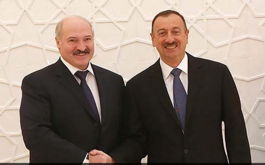 Lukaşenko Prezident İlham Əliyevə telefonla zəng edib