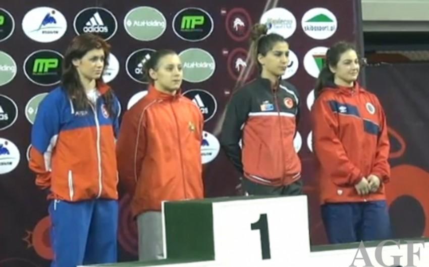 Qadın güləşçilərimiz U-23 Avropa çempionatında üç medal qazanıb