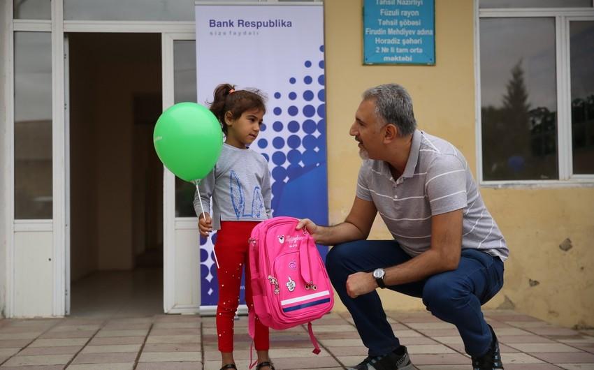 """""""Bank Respublika"""" Horadiz qəsəbəsindəki məktəbliləri sevindirib"""