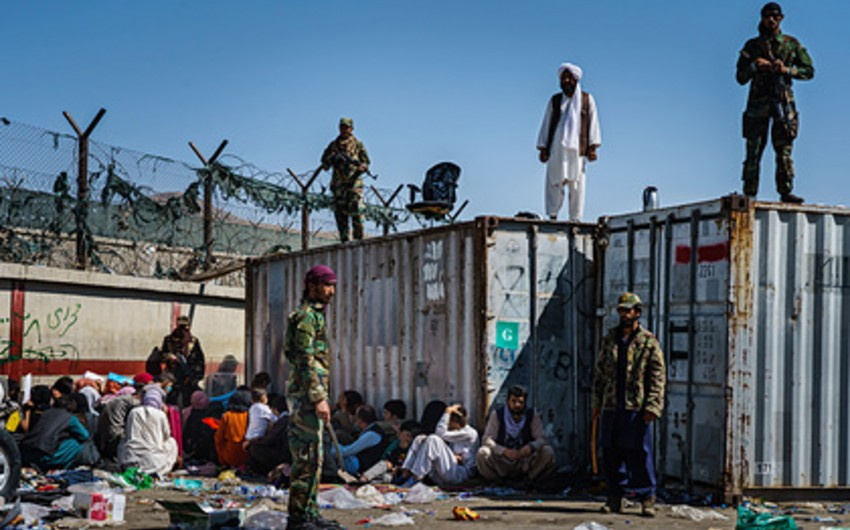 """""""Taliban""""ın xüsusi təyinatlıları Kabil aeroportuna daxil olub"""