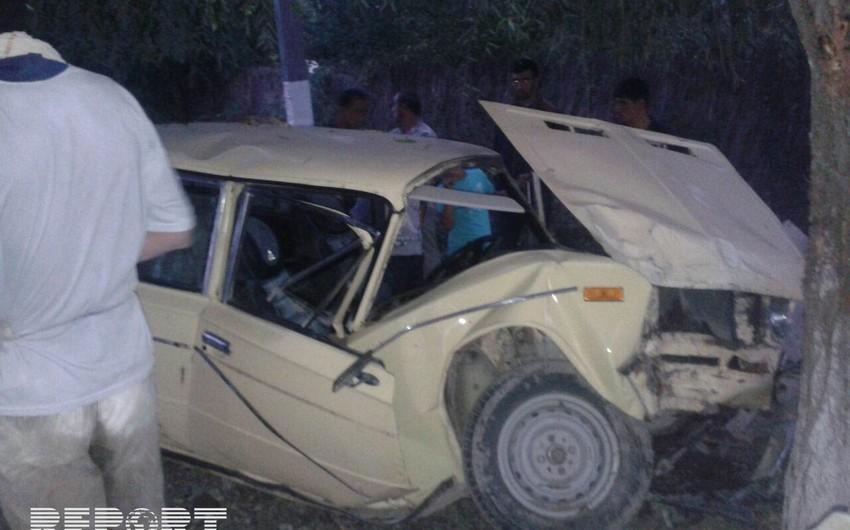 В Худате столкнулись два автомобиля, пострадал один водитель, другой сбежал с места происшествия