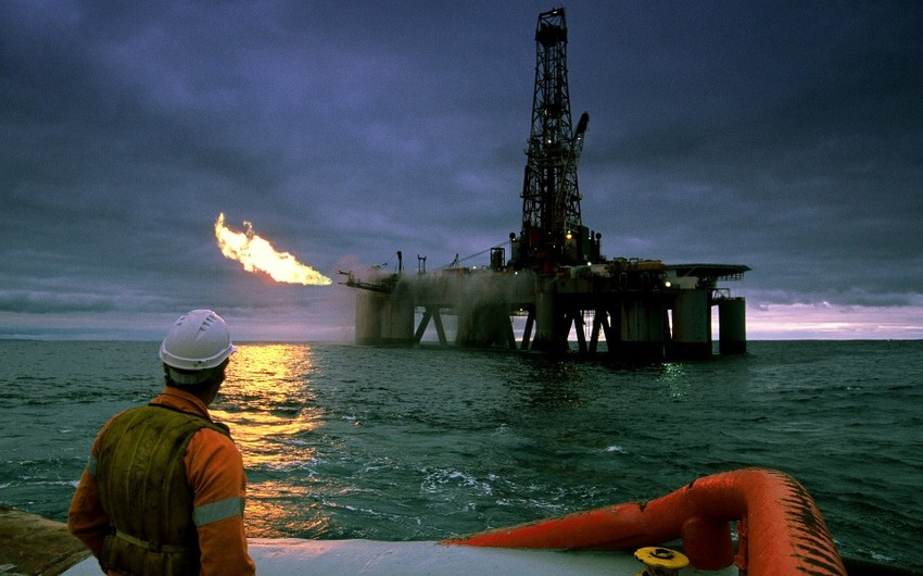 Oil falling in price on short-term fears for demand