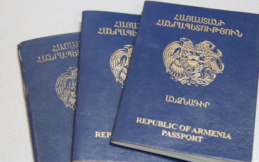 Robert Koçaryan və Serj Sarqsyan diplomatik pasportdan məhrum edilib