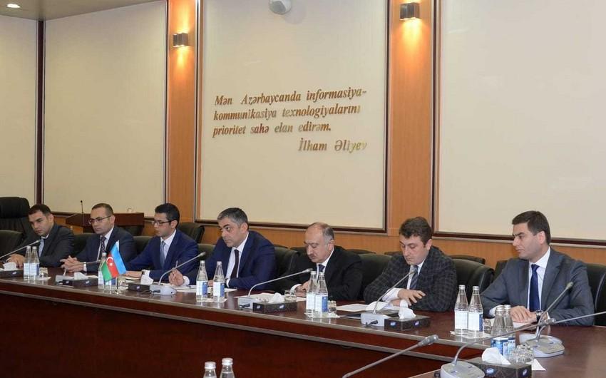 Azərbaycanla Ukrayna arasında beynəlxalq yükdaşımaların həcminin daha da artırılması ilə bağlı addımlar müzakirə olunub