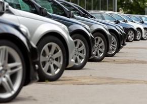 В Азербайджане меняется пошлина за регистрацию ввозимых автомобилей и телефонов