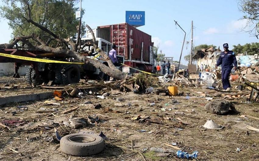 Somalidə sərnişin avtobusu partladılıb, ölənlər var
