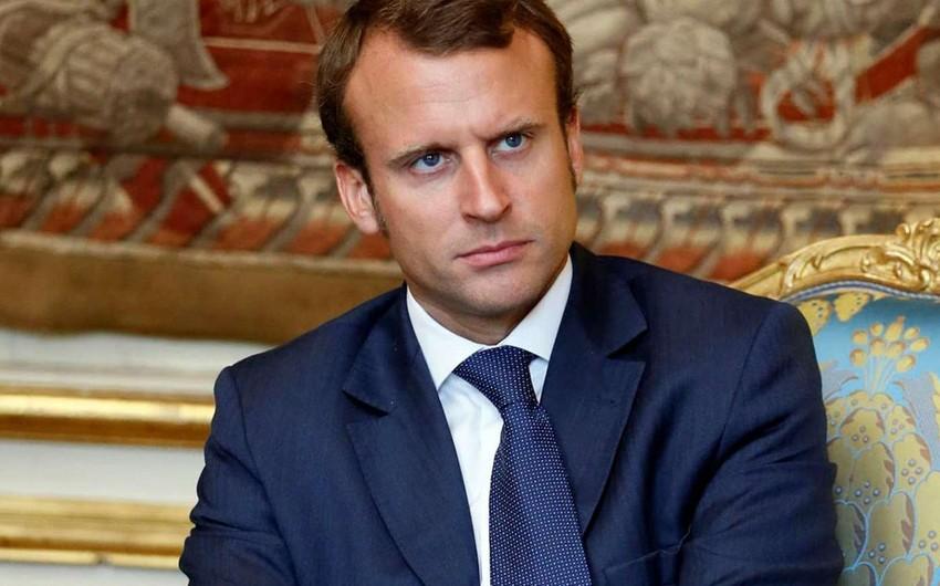 Fransa prezidenti Donald Trampın siyasətini dünya üçün narahatlıq mənbəyi adlandırıb