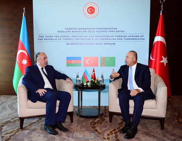 Эльмар Мамедъяров встретился с министром иностранных дел Турции
