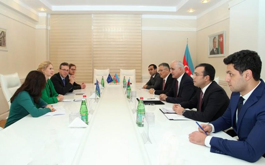 Azərbaycan və Avropa İttifaqı arasında yeni maliyyələşdirmə sazişi imzalanıb