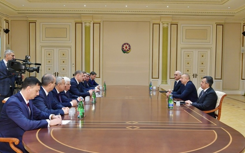 President Ilham Aliyev received delegation led by governor of Russia's Astrakhan region