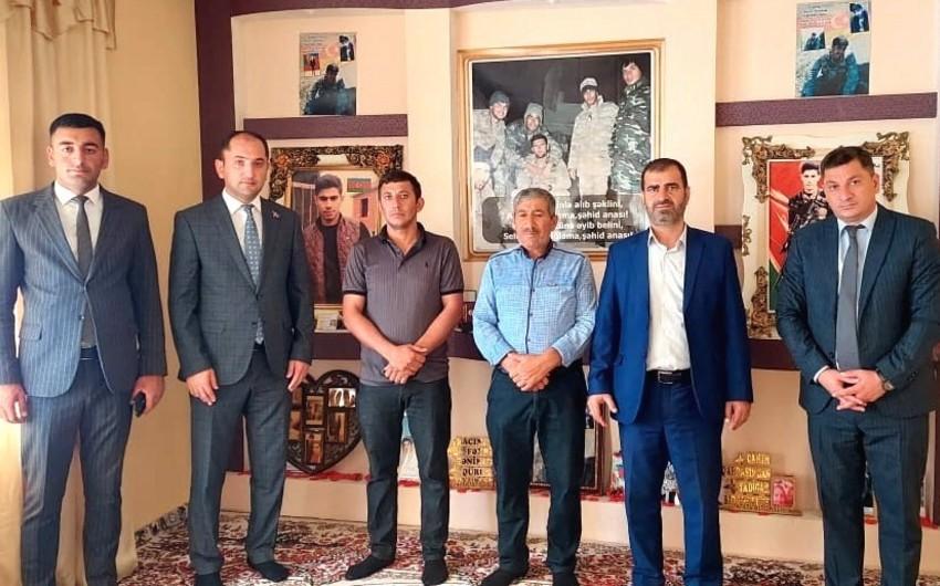 Ombudsman Aparatının regional mərkəzinin əməkdaşları şəhid ailələrini ziyarət ediblər