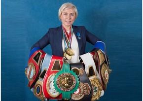 Российская экс-чемпионка мира по боксу устроила скандал в самолете