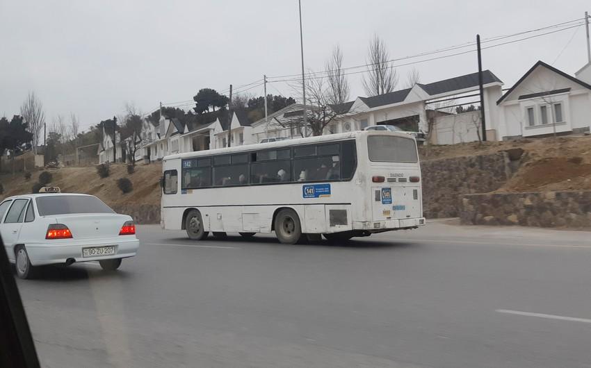 Bakıda sərnişinlə dolu avtobusla yanacaqdoldurma məntəqəsinə daxil olan sürücü işdən çıxarılıb