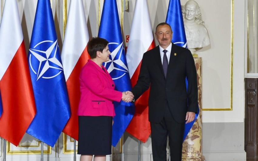 Prezident İlham Əliyev NATO sammiti iştirakçılarının şərəfinə verilən naharda iştirak edib