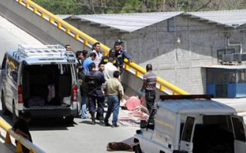 Hondurasda yol qəzası nəticəsində 17 nəfər ölüb